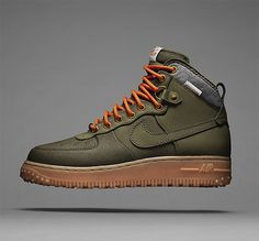The high-cut sneakers trend is back and with the Nike Air Force 1 Duckboot its reimagining is cleverly practical as an all-weather boot. With a wool collar, heavier and thicker sole lugs, full-grain leather upper coated with Watershield to make it snow, rain and sleet resistant. Available on Women's Smart Watches for Sport, Fitness and Fashion - http://amzn.to/2jYX1qx