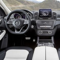 Even at first glance, the new GLE blends tradition and modernity. Classic SUV elements meet modern Mercedes-Benz design and form a convincing whole. See the GLE in person soon at the New York International Auto Show and over the next few hours right here on Instagram. European Model Shown.
