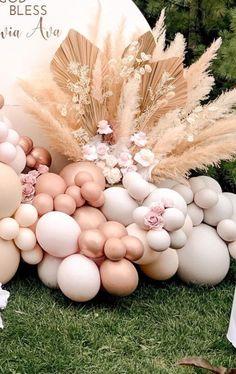 Bachelorette Decorations, Birthday Balloon Decorations, Baby Shower Decorations For Boys, Baby Shower Themes, Boho Baby Shower, Girl Shower, Baby Shower Gender Reveal, Pampas Grass, Balloon Garland