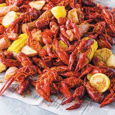 Cajun Seafood Boil, Cajun Crawfish, Crawfish Recipes, Seafood Boil Recipes, Seafood Dinner, Cajun Recipes, Live Crawfish, Crab Boil, Gourmet