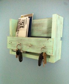 Rustic Key Holder Mail Organizer Aqua Reclaimed Wood Rack Entryway Shelf Hook