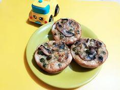 Mini tarte cu ciuperci | Quiche, Bacon, Muffin, Breakfast, Food, Pie, Bebe, Morning Coffee, Quiches