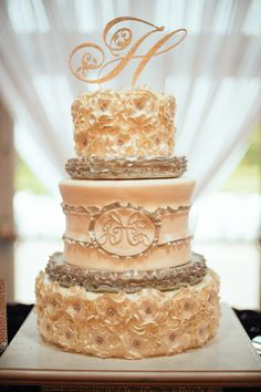Awesome Cake by Barbie Thomas. wedding by Southern Event Planners, Memphis, TN Photo by J. Malahy