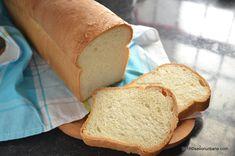 Paine moale de casa reteta simpla pentru incepatori | Savori Urbane Hamburger, Easy Meals, Toast, Recipes, Food, Breads, Kitchen, Bread Rolls, Cooking
