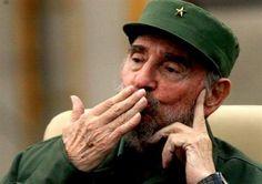 """Castro califica de """"estupideces"""" de la """"propaganda imperialista"""" los rumores que le sitúan al borde de la muerte"""