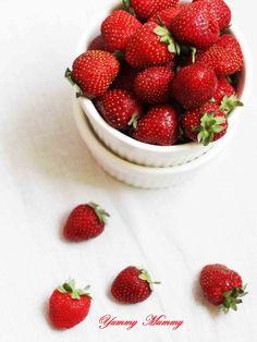 توت فرنگی از نگاه دوربین یامی مامی strawberries