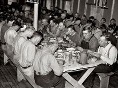 """Hungry Jacks: September """"Lumberjacks at dinner. Camp near Effie, Minnesota."""" Nitrate negative by Russell Lee for the Resettlement Administration. Great Depression, Old Pictures, Old Photos, Forest Pictures, Vintage Pictures, American Life, American History, Minnesota Home"""