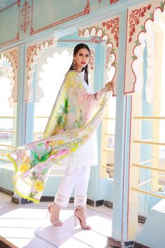 This elegant 3 piece unstitched lawn dress available at images#springcollection #spring #readytowear #pretwear #unstitched #online #linen #lawncollection #linen #linencollection #chiffon #cotton #embroidered #printed #digital #lahore #karachi #islamabad #newyork #london #pakistan #pakistani #indian #alkaram #limelight #nishat #khaddar #daraz #gulahmed #blackfriday #pakistani_dresses #best_price #indian_dresses #eid #eiddresses #eidcollection