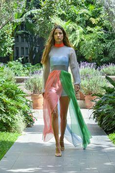 #MBFWMx #ManejaMéxico Waist Skirt, High Waisted Skirt, Skirts, Fashion, Moda, High Waist Skirt, Fashion Styles, Skirt