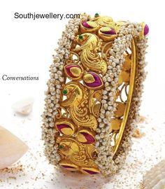 Indian Jewellery Designs - Latest Indian Jewellery Designs 2020 ~ 22 Carat Gold Jewellery one gram gold Bracelets Design, Gold Bangles Design, Gold Jewellery Design, Gold Jewelry, Jewelery, Diamond Jewellery, The Bangles, Bangle Bracelets, Gold Gold