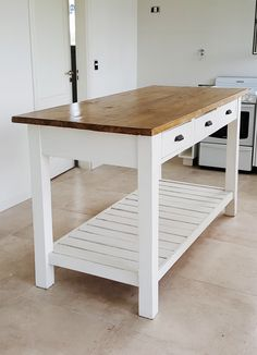 Home Decoration White .Home Decoration White Diy Kitchen Island, New Kitchen, Kitchen Unit, Pallet Furniture, Interior Design Kitchen, Kitchen Storage, Home Remodeling, Kitchen Remodel, Sweet Home