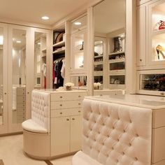 My dream closet! TO DIE FOR!!!!!!