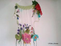 Bluza de vara din matase cu flori impaslite - Flor