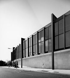 The Caroline Wiess Law Building - Brown Pavilion - Museum of Fine Arts, Houston (1954-74). Photo by Hedrich Blessing.