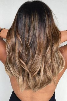 Caramel and ash blond balayage for brown hair # Hair Beauty Brown Balayage, Hair Color Balayage, Balayage Hair Brunette Medium, Ombre Brown, Balayage Ombré, Brown Ombre Hair Medium, Ombre Hair Color For Brunettes, Copper Balayage, Brown Curls