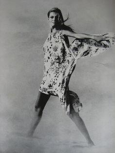 Vogue May 1967 John Cowan
