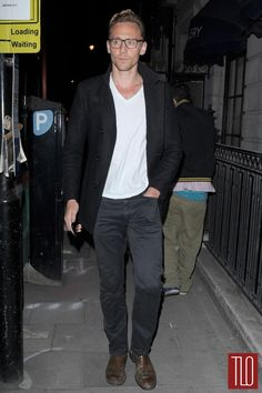 Tom-Hiddleston-Night-Out-London-Street-Style-GOTS-Tom-Lorenzo-Site-TLO (3)