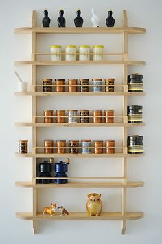 Super shallow pantry shelves, handmade, UK: SETYARD - Furniture OKOK Build a set after measuring your commonly used spice jars! Modern Spice Racks, Wooden Spice Rack, Diy Spice Rack, Spice Shelf, Spice Storage, Wall Spice Rack, Kitchen Organizer Rack, Kitchen Organization, Kitchen Storage