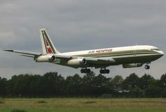 Air Memphis Boeing - photo: Paul Spijkers - Wikipedia, the free encyclopedia Cargo Aircraft, Boeing Aircraft, Illinois, Boeing 707, Cargo Airlines, Let's Have Fun, Commercial Aircraft, Aircraft Pictures, Constellations