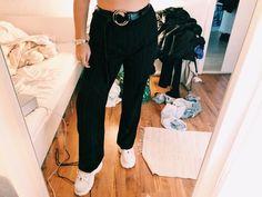9ea0804d99 Vintage Hose mit streifen high waist indie schwarz blau grau weiß Techno