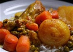 As jy nie meer idees vir geregte met hoender het nie, waarom probeer jy nie Kobus se kerrie-resep nie? South African Dishes, South African Recipes, Ethnic Recipes, African Stew, Kos, Cooking Recipes, Healthy Recipes, Easy Recipes, Curry Dishes
