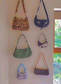 Cute Handbags, Purses And Handbags, Fashion Handbags, Fashion Bags, Fashion Clothes, Fashion Ideas, Fashion Outfits, Aesthetic Bags, Aesthetic Rooms