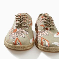 Image 3 of PRINTED PLIMSOLL WITH ESPADRILLE SOLE from Zara