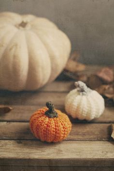 Marvelously cute little crocheted pumpkins. #fall #autumn #pumpkin #orange #white #Halloween #Thanksgiving #crochet #crafts #decor #decorations
