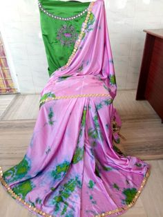 Satin shibouri sarees with blouse embroidery and mirror work lace Elegant Fashion Wear, Trendy Fashion, Blouse Styles, Blouse Designs, Shibori Sarees, Indian Bridal Fashion, Indian Beauty Saree, Saree Collection, Indian Wear