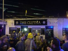 A helicopter crashed into the roof of a pub in Glasgow, Scotland - @scotscribbler