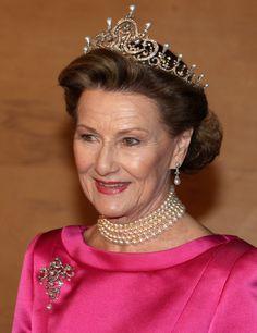 Dronning Sonja av Norge feirer Dronning Margrethe av Danmark 40 år på tronen, Jan 2012.