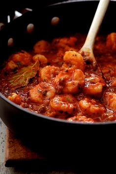 The Best Shrimp Creole - Shrimp Creole in skillet This New Orleans-inspired dish is one I've been making for clients for as long as I've been a personal chef and this recipe never fails to please! Cajun Recipes, Shrimp Recipes, Fish Recipes, Gourmet Recipes, Dinner Recipes, Cooking Recipes, Healthy Recipes, Louisiana Recipes, Chicken Recipes
