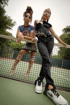 Chloe Halle, Cute Poses For Pictures, Photoshoot Themes, Black Girl Aesthetic, How To Pose, Black Girl Fashion, Beautiful Black Women, Fashion Killa, Black Girl Magic