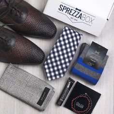 "Father's Day is around the corner. Give him the gift of style! Use code ""PINTERESTFD"" to get 15% off the best men's fashion subscription around."
