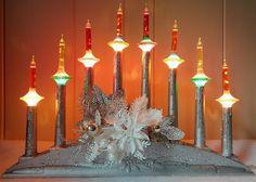 VINTAGE CHRISTMAS 8 LIGHT CANDELABRA & NOMA SAUCER C-6 BUBBLE LIGHTS.