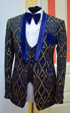 Here's Gorgeous traditional african fashion 7884198607 Couples African Outfits, African Dresses Men, Latest African Fashion Dresses, African Print Fashion, Africa Fashion, African Wear Styles For Men, African Shirts For Men, African Attire For Men, African Clothing For Men