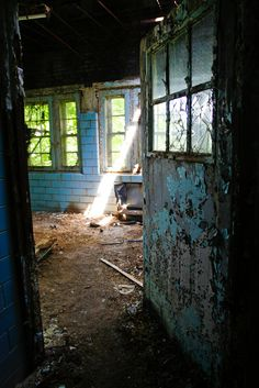 """Forest Haven an abandoned mental institution in Maryland...is shockingly undisturbed for an urban exploration site, and we suspect that is because the location has never been published..."" ~ http://www.driftingfocus.com   ~ i've read several different descriptions of Forest Haven. This photographer says it's an abandoned mental institution, others say children's hospital/children's mental asylum."