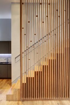 30 Marvelous And Creative Indoor Wood Stairs Design Ideas You Never Seen Before Architecture Details, Interior Architecture, Installation Architecture, Timber Screens, Timber Slats, Timber Wood, Escalier Design, Stair Handrail, Railings