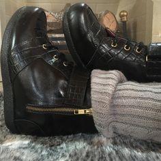 Men Dress, Dress Shoes, Combat Boots, Oxford Shoes, Fashion, Moda, Fashion Styles, Combat Boot, Oxford Shoe
