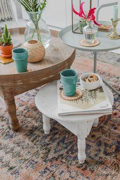 New in the shop : Marokkaanse houten tafeltjes | Binti Home blog : Interieurinspiratie, woonideeën en stylingtips