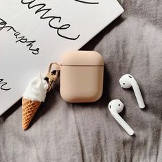 Ice Cream Cone Beige Silicone Designer Protective Shockproof Case For Apple Airpods 1 & 2 - Airpods Fone Apple, Airpods Apple, Apple Case, Cute Ipod Cases, Iphone Cases, Accessoires Iphone, Foto Baby, Earphone Case, Air Pods