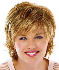 9 Qualified Simple Ideas: Women Hairstyles For Fine Hair brunette hairstyles short.Women Hairstyles For Fine Hair cornrows hairstyles for black women. Hairstyles For Fat Faces, Round Face Haircuts, Cute Hairstyles For Short Hair, Hairstyles Haircuts, Short Haircuts, Winter Hairstyles, Brunette Hairstyles, Trendy Hairstyles, Layered Haircuts
