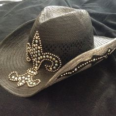 "SuZy ""T"" Swarovski crystal cowgirl hat Worn in great condition all embellishments in tact Accessories Hats"