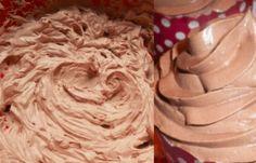 Kávový krém z mascarpone budete mít hotový za 5 minut. Zaujme jak jednoduchostí, tak skvělou chutí - Dessert Drinks, Nutella, New Recipes, Tiramisu, Icing, Peanut Butter, Cake, Food, Mascarpone