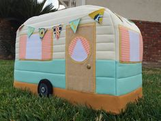 Retro Caravan Sewing Machine Cover ... darling ... tut ... gingerpeachstudio