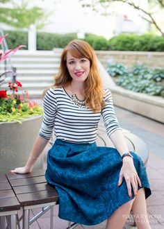 Striped shirt, teal full skirt, chunky pearl necklace, nude pumps... details on the blog