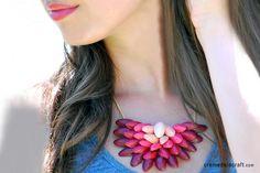 DIY - Pistachio shell ombre necklace