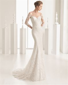It's always such a pleasure to scroll through the latest designs from Spanish label Rosa Clara. Not only do we already know the gorgeousness that is Spanish wedding couture, but Rosa Clara… Rosa Clara Wedding Dresses, Designer Wedding Dresses, Bridal Dresses, Rosa Clara Bridal, Gown Designer, Wedding Dress Gallery, Elegant Wedding Dress, Lace Wedding, Off Shoulder Wedding Dress