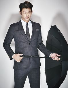 Although I Remember You is over, Seo In Guk can continue to look as slick as his genius character by putting on VOSTRO's new fall and winter designs. Check out his sexiness in the brand'… Korean Star, Korean Men, Asian Men, Asian Actors, Korean Actors, Dramas, Seo In Guk, Asian Love, Handsome Prince