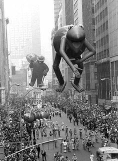 Vintage 1979, Kermit and Smokey, Macy's Thanksgiving Day Parade, NYC, www.RevWill.com
